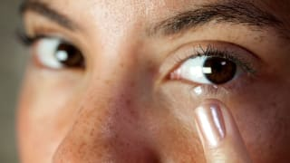 How to Handle the Symptoms of Dry Eyes - Consumer Reports