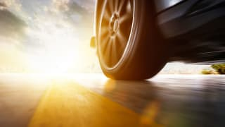 Should You Use Synthetic Oil in Your Car? - Consumer Reports