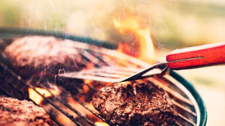 is your grill hot enough consumer reports. Black Bedroom Furniture Sets. Home Design Ideas
