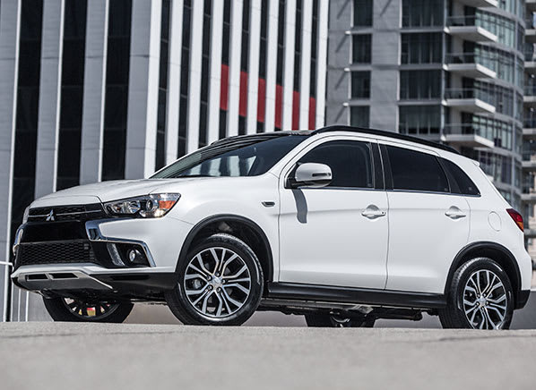 https://article.images.consumerreports.org/w_598,h_436/prod/content/dam/CRO%20Images%202017/Cars/October/CR-Cars-598-2018-Mitsubishi-Outlander-Sport-10-17
