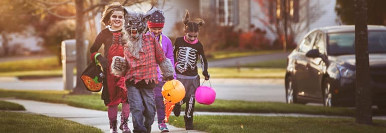 Halloween safety for kids, parents, and drivers with trick-or-treaters