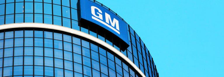 GM will review safety of panoramic sunroofs.