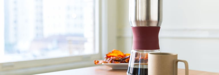 Use the Fellow Duo Coffee Steeper to brew coffee.