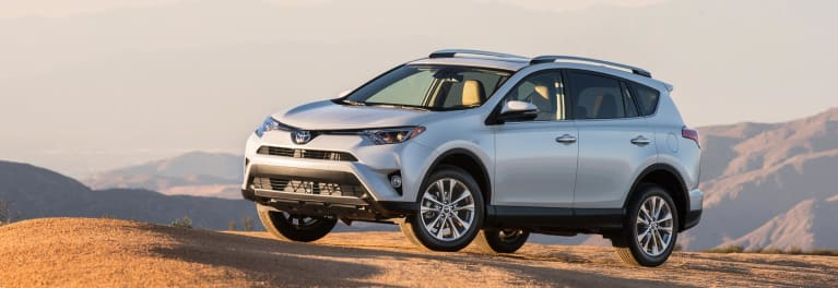 Honda CR-V vs  Toyota RAV4: Which Should You Buy? - Consumer