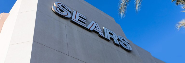 Sears stores will longer sell Whirlpool appliances.