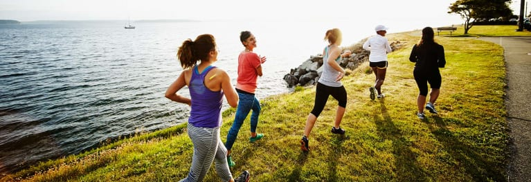 Women exercising. How to prevent colon cancer.