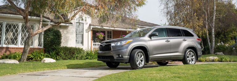 Toyota Highlander Vs Honda Pilot >> Honda Pilot Vs Toyota Highlander Which Is Best For Me Consumer