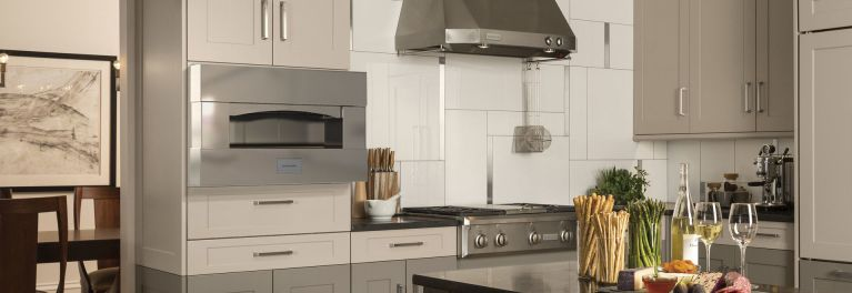 Market for Home Pizza Ovens Heats Up - Consumer Reports on kitchen appliance, griddle appliance, blender appliance,